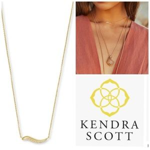 Nwt Kendra Scott gold plates  pendant necklace